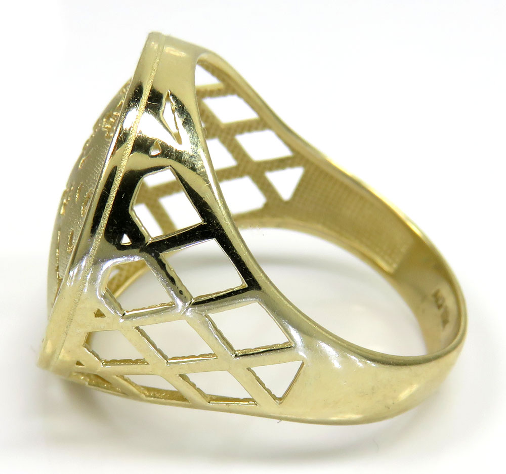 10k yellow gold the world is yours ring