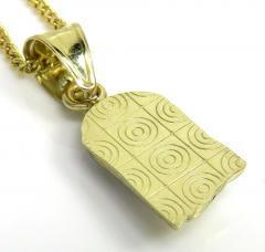 10k yellow gold small jesus pendant 20