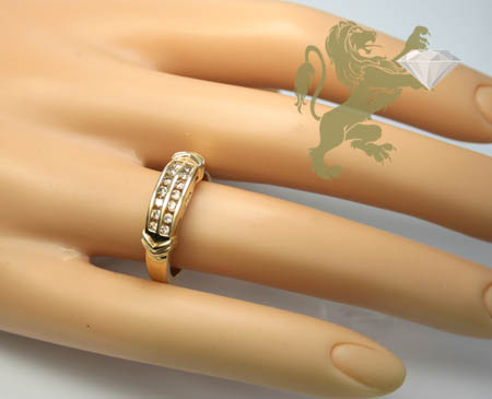 0.30ct ladies 14k solid yellow gold