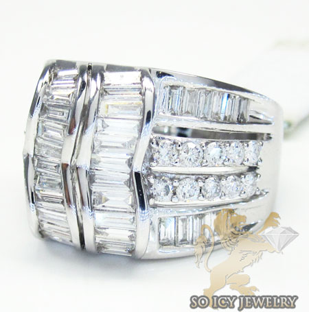 Ladies 18k white gold large baguette diamond band 2.51ct