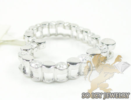 Ladies 14k white gold diamond heart pendant 0.45ct