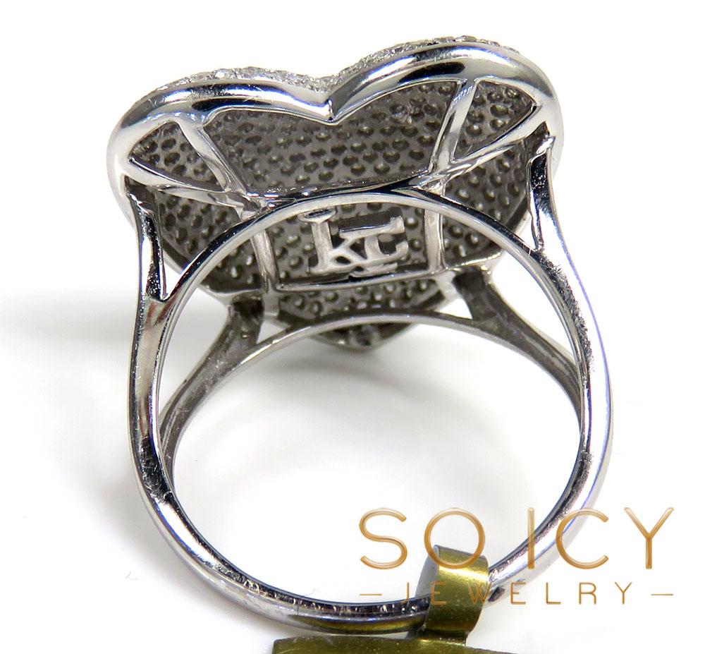 Ladies 10k white gold diamond heart ring 0.90ct