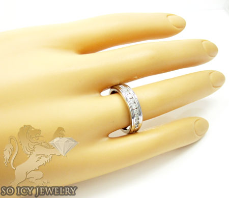 Ladies 14k white gold round diamond wedding band 0.85ct