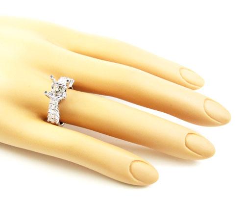 Ladies 18k white gold round diamond semi mount ring 0.64ct