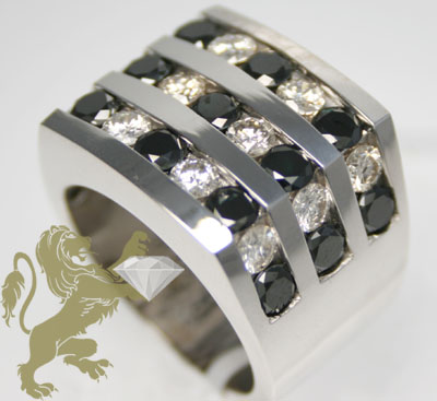 5.00ct 14k white gold diamond 3 row black & white ring