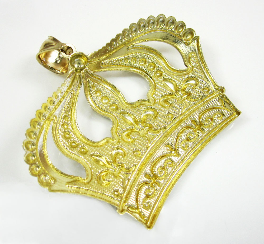 10k fancy diamond cut crown pendant