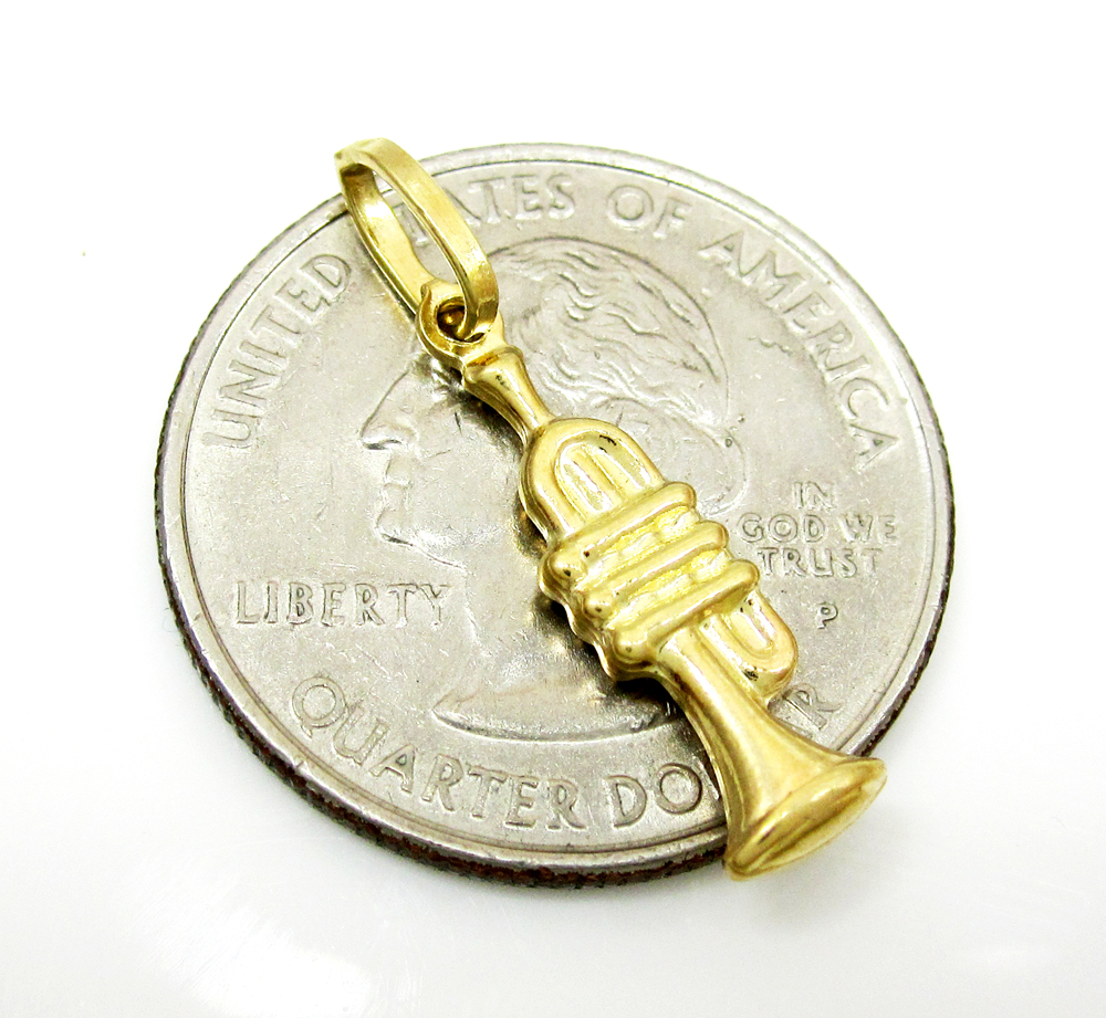 14k yellow gold trumpet pendant