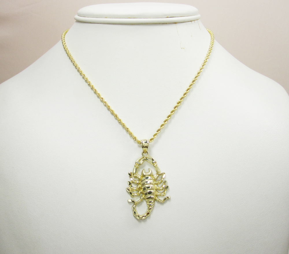 10k solid yellow gold scorpion pendant