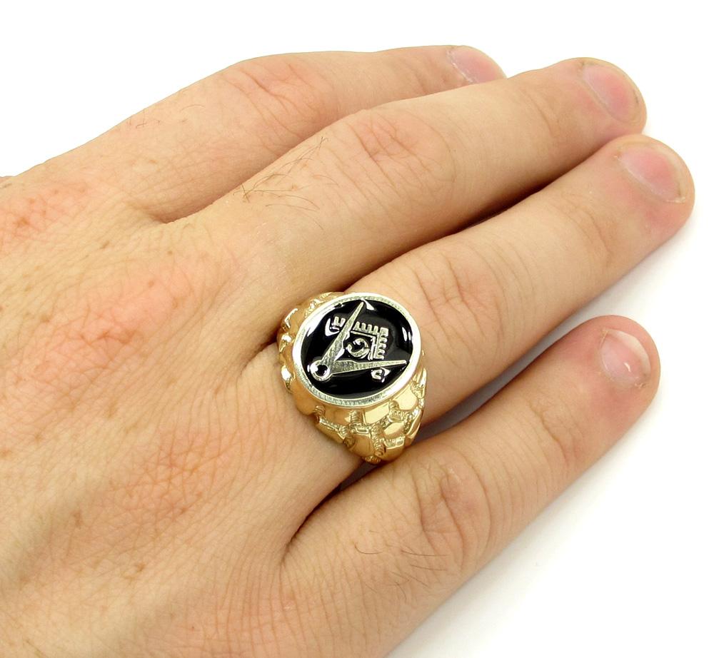 10k yellow gold black enamel free mason g nugget ring