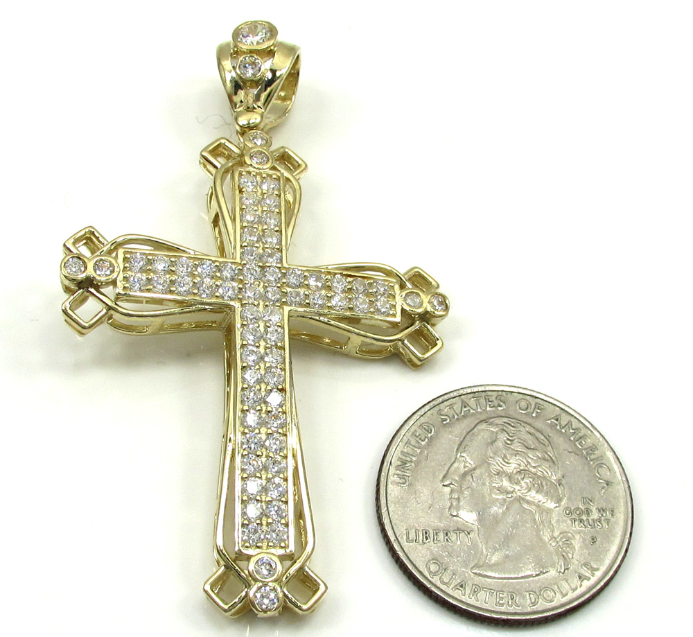 10k yellow gold medium fancy cross 3.00ct
