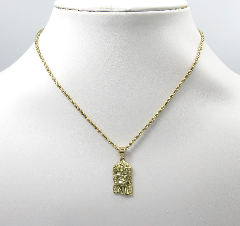 K/&C 14k Yellow Gold Chamseh Pendant on a 14K Yellow Gold Carded Rope Chain Necklace