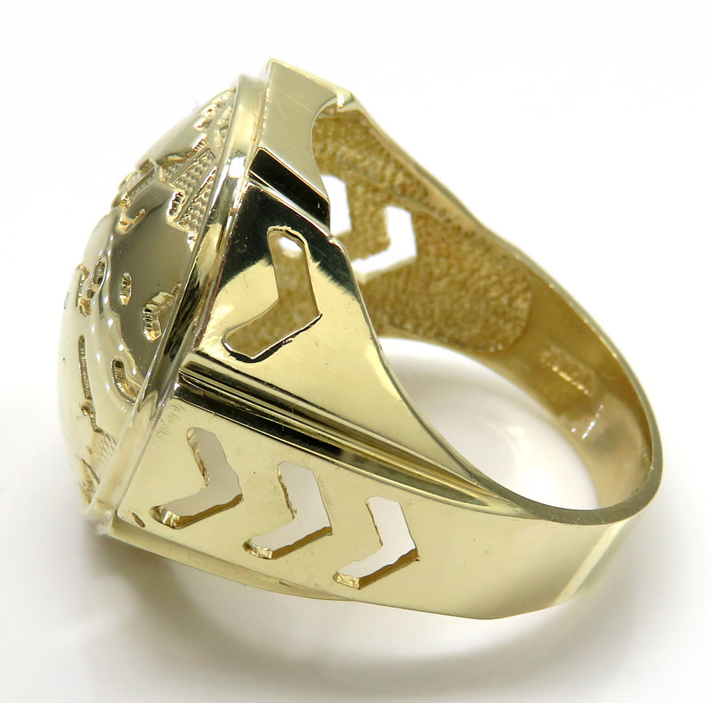 10k yellow gold arrow large world ring