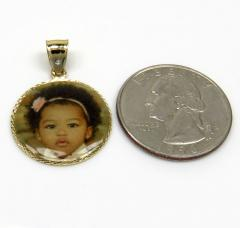 14k yellow gold small picture pendant