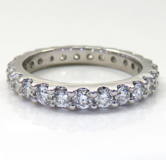 14k White Gold Single Row Eternity Diamond Wedding Band 1.17ct