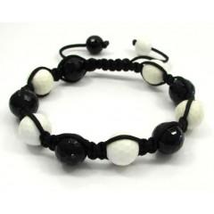 Macramé Black & White On...