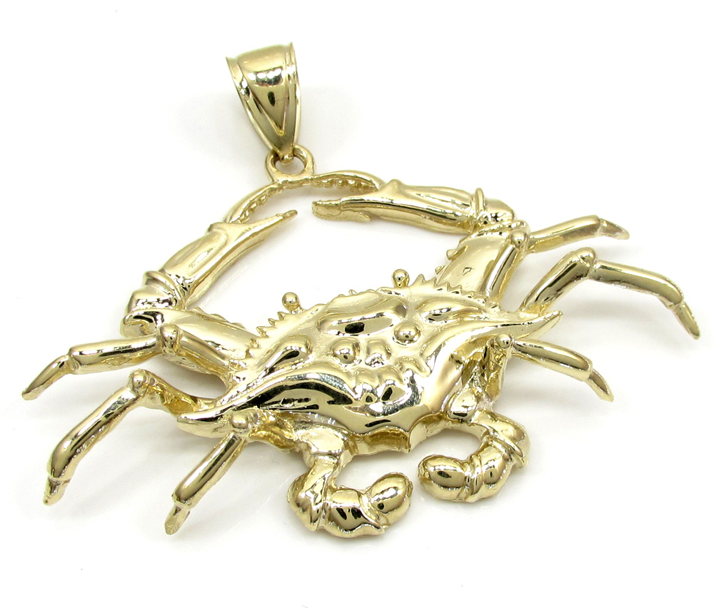 10k yellow gold zodiac cancer crab pendant