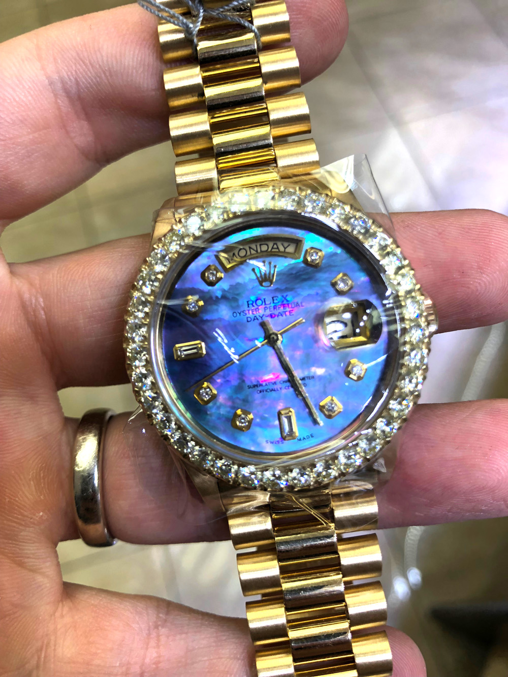 Rolex Day Date 36mm 18k Yellow Gold Custom Diamond bezel and Dial 3.95ct